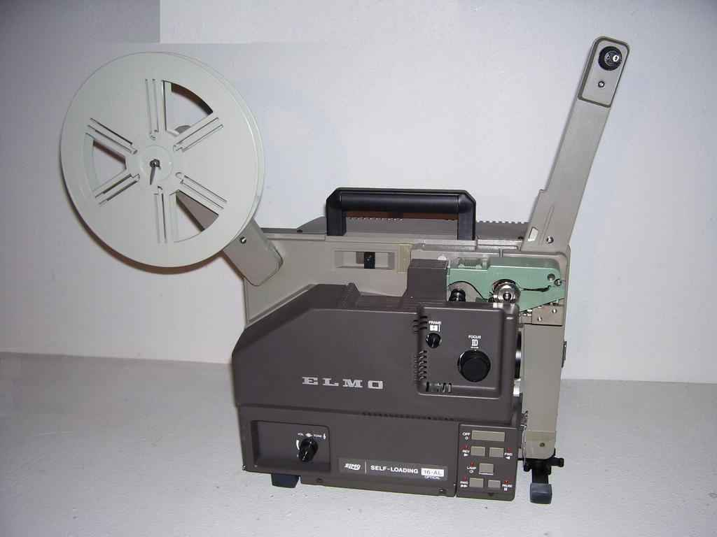 Elmo 16-AL Filmprojector for 16mm films