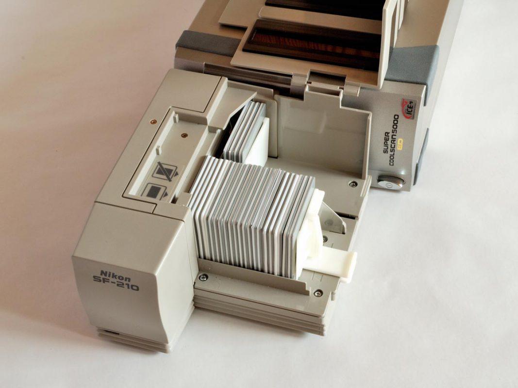 Nikon Coolscan 5000ED met automatische slide feeder: SF-210