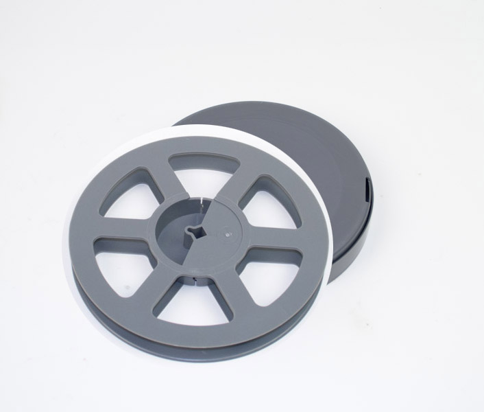 16mm filmspoel + doos 120m