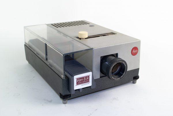 Leitz Pradolux 24 (Dia Projectoren)